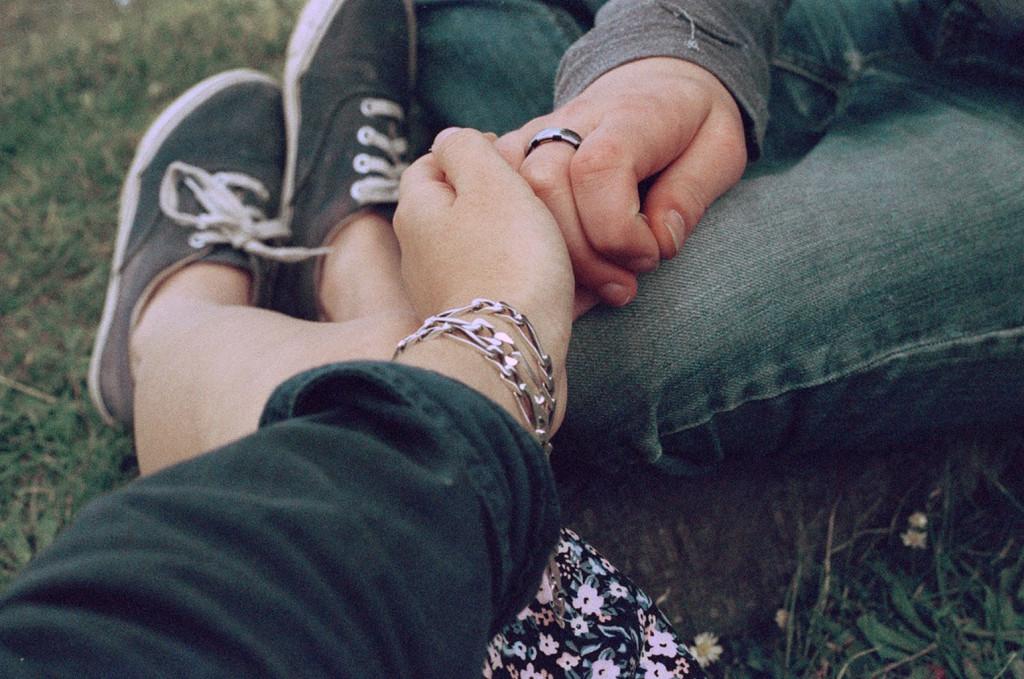 Что делать, если влюбился в девушку друга