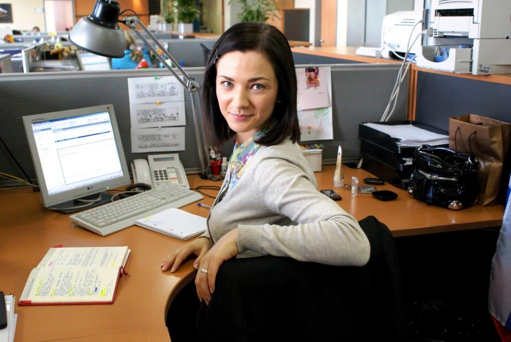 Я влюбилась в девушку на работе: советы