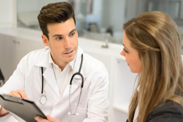 Влюбить в себя врача – реально?