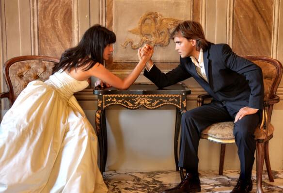К чему приводят попытки удержать мужчину, когда он расстается с вами?