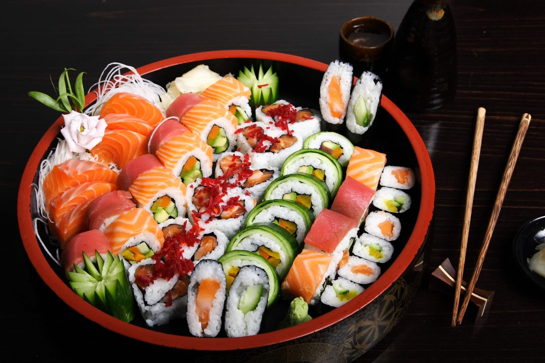 Романтический ужин в японском стиле